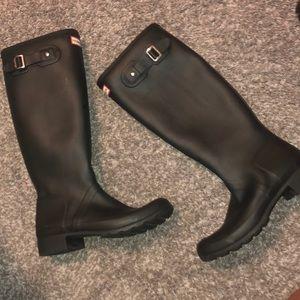 Hunted Matte Black Tall Rain boots